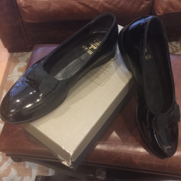 3fd8fca1eba Brooks Brothers Other - Brooks Brothers Men s Patent Leather Tuxedo Shoes
